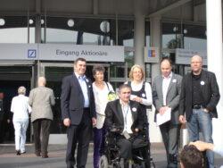 Das Bündnis Andere Banken braucht das Land und Branislav Kapetanovic vor der Hauptversammlung der Deutschen Bank