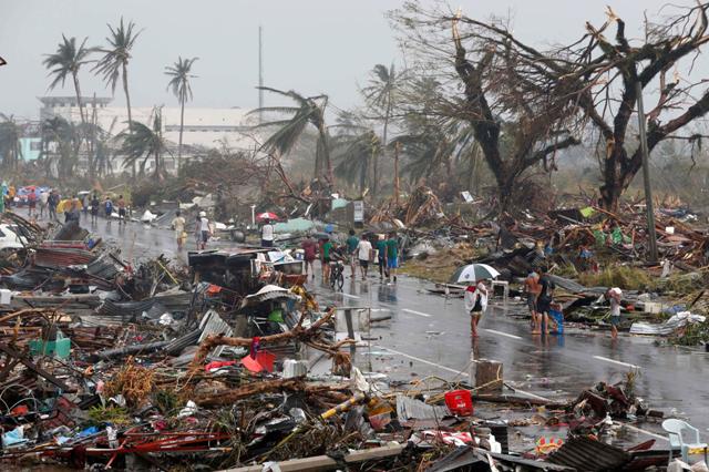 Zerstörung durch den Taifun Haiyan 2013. Copyright: Erik de Castro https://www.flickr.com/photos/mansunides/10797254835/in/photostream/
