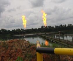 Umweltzerstörung durch Ölförderung im Nigerdelta