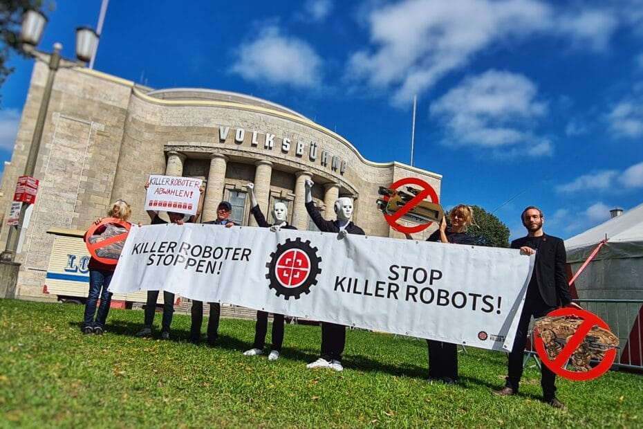 Stop Killer Robots - Volksbühne