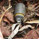 Nicht explodierte Streumunition | Bildtitel muss aus Mediathek zusammengesetzt werden